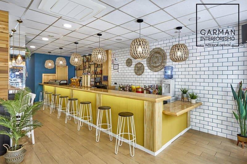 Zona de barra cafe bar by CARMAN